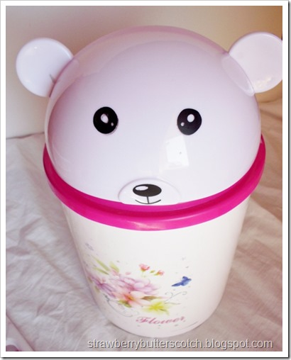 Cute Bear Wastebasket
