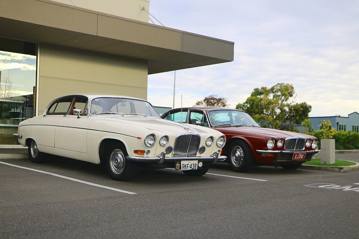 Jaguar Mk10 (01).jpg