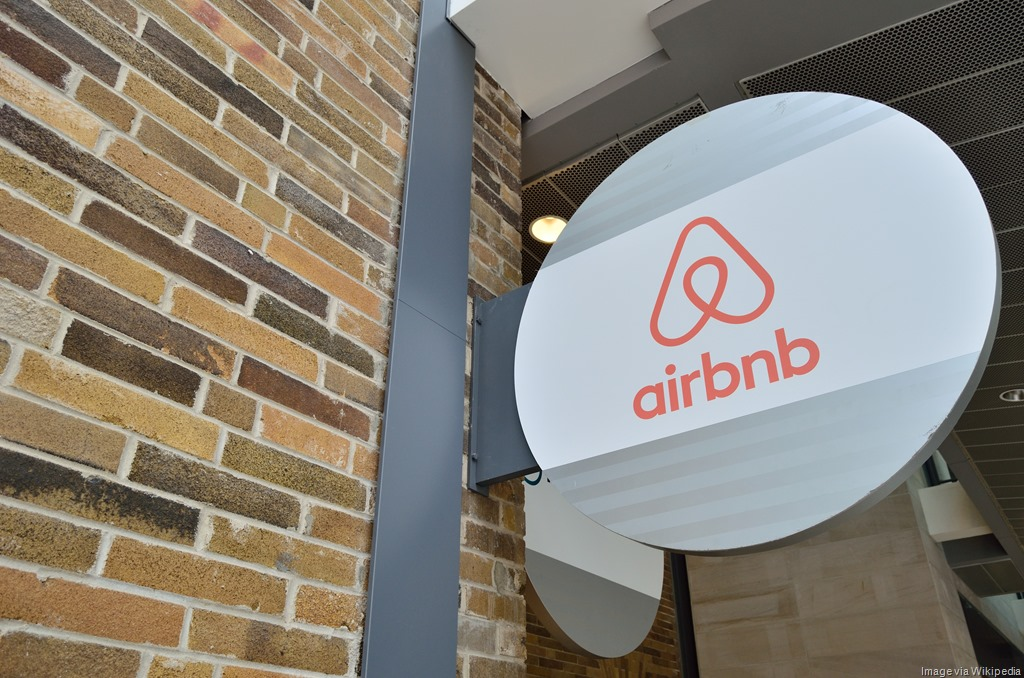 [AirbnbToronto5%5B9%5D]
