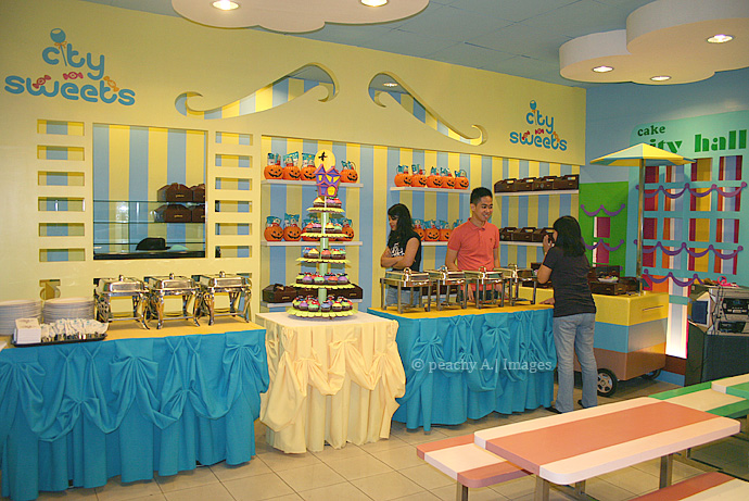A Whimsical Halloween Party at The Goldilocks Cake City