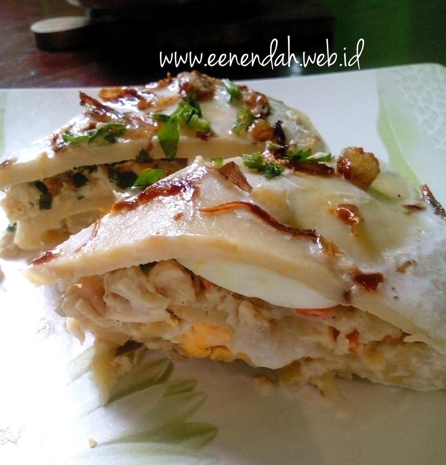 Een Endah Kue Ipau Wadai Khas Banjar