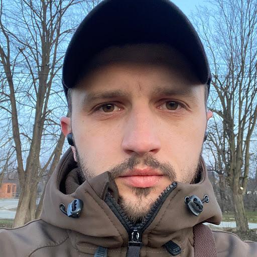 Назар Михайлів