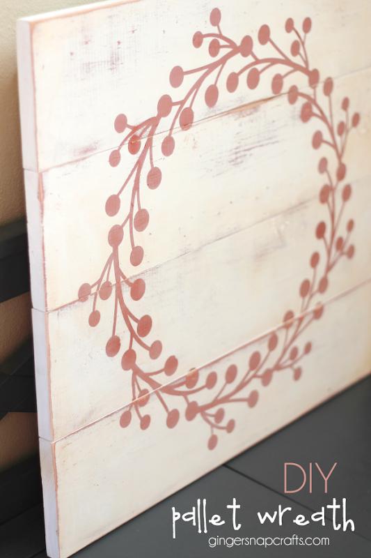 DIY Pallet Wreath at GingerSnapCrafts.com #pallet #wreath