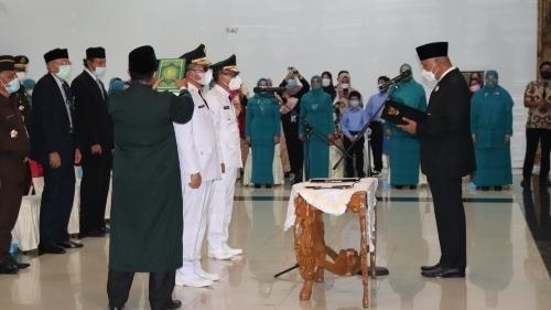 Gubernur Sumbar Lantik Walikota Padang dan Pj Bupati Solok