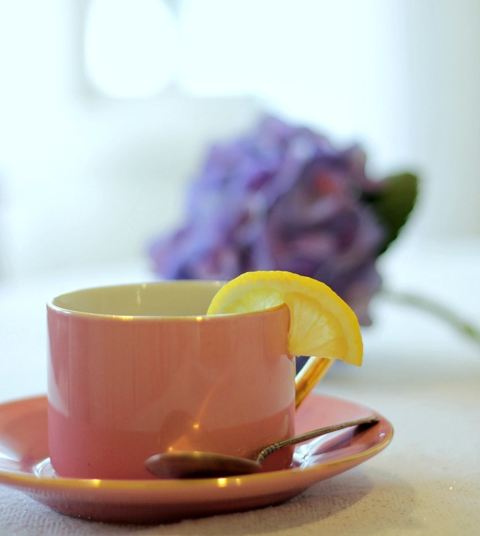 Spring Hutch Pink Tea Cup Lemons & Hydragea