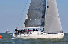 J/122 racer cruiser sailboat- Gambler sailing JFest Houston Tx