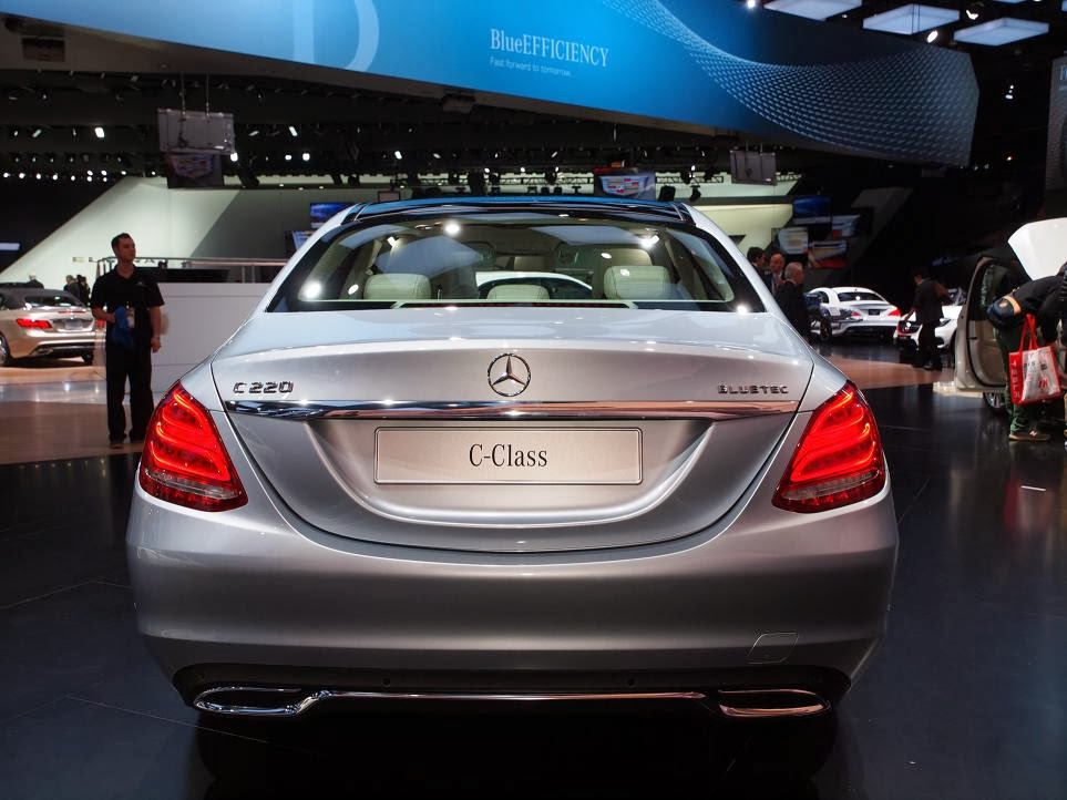 2015 Mercedes Benz C-Class NAIAS 10