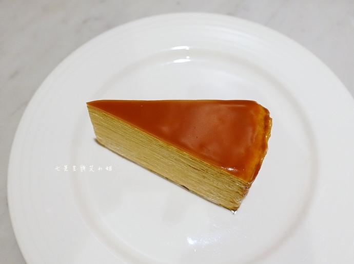 27 台南 深藍咖啡館 千層蛋糕