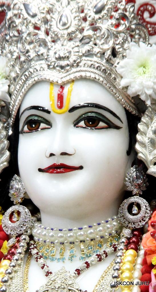 ISKCON Juhu Sringar Deity Darshan on 30th Sep 2016 (40)