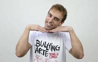 Federação Israelita processa Léo Lins por piada com judeus