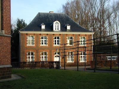 1503: Messelbroek, oude Norbertijnerpastorie