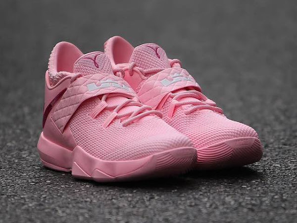 new product d874a 21b1a think pink   NIKE LEBRON - LeBron James Shoes