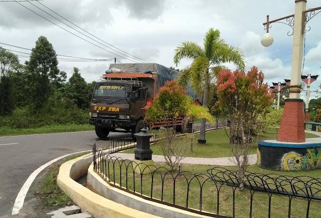 Dishub Pulang Pisau akan Tindak Tegas Truk Over Kapasitas yang Asal Parkir