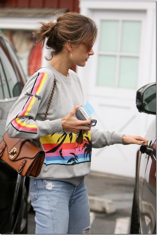 Alessandra Ambrosio wears OP ghi0R7bEJc1x