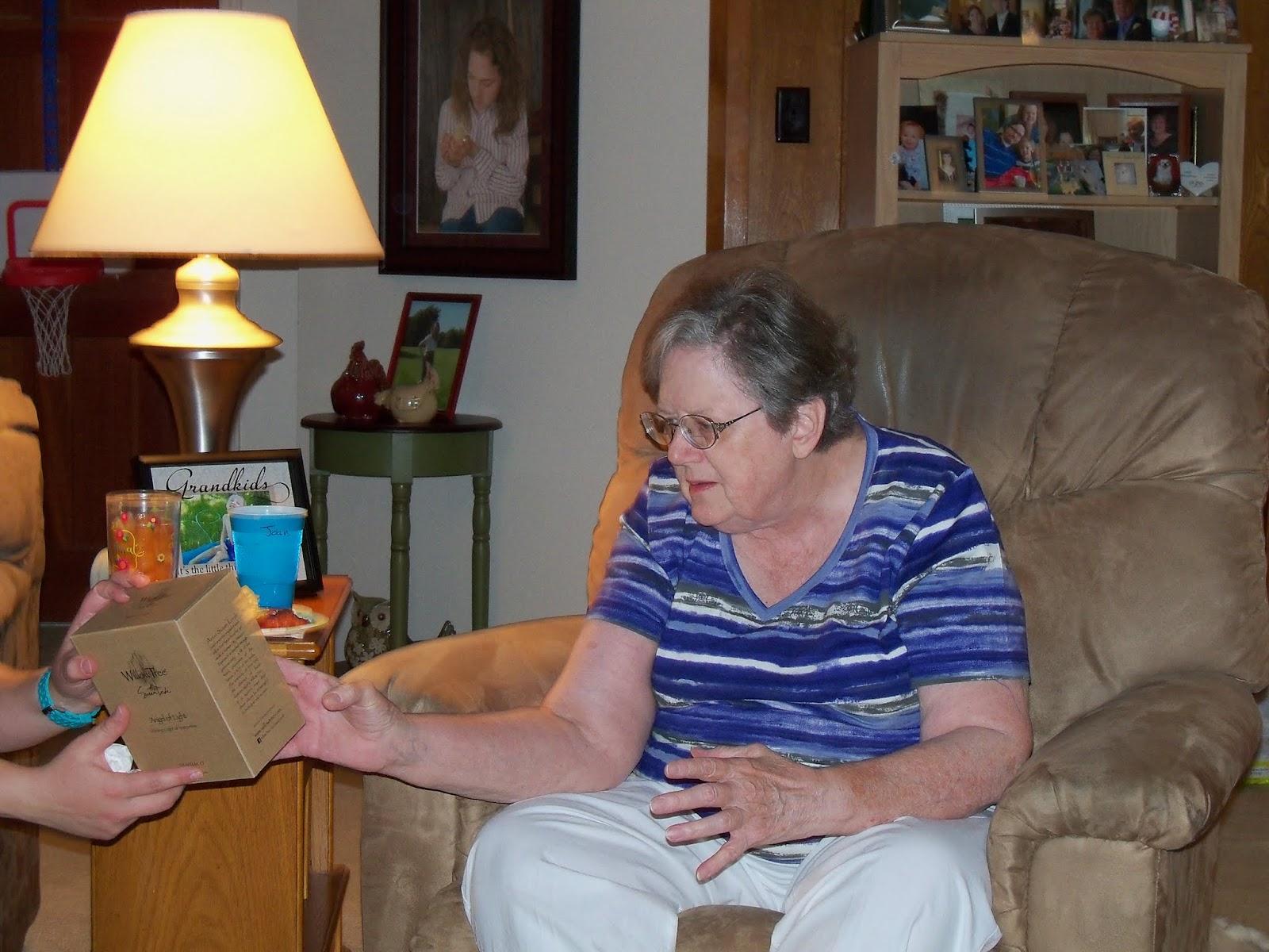 Moms 70th Birthday and Labor Day - 117_0084.JPG