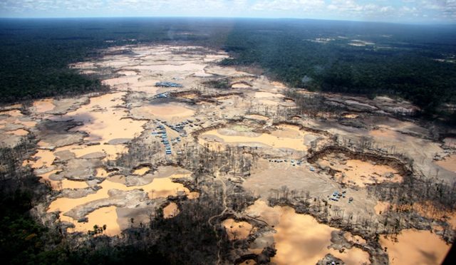 Aerial view of Amazon deforestation in Madre de Dios, Peru. Photo: WFU / ACERS