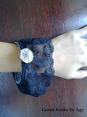 black lace Old Jeans Bangles