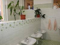 06 - a fürdőszoba is megújult.JPG