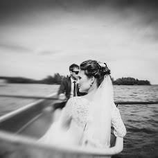 Wedding photographer Olgaevgeniy Chernyakovy (OlgaEvgeny). Photo of 10.03.2015