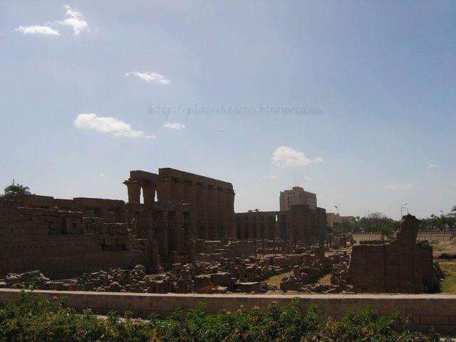 Alrededores del Templo de Luxor