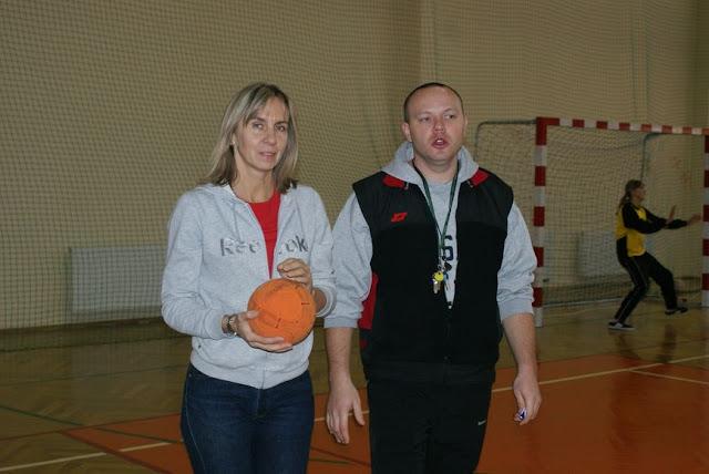 Piłka ręczna zowody listopad 2011 - DSC03704_1.JPG