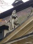 Bamberg, Kapitelhaus, Giebelfiguren, Restaurierung und Konservierung, Hl. Heinrich 1990/91
