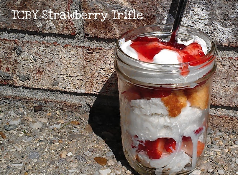 TCBY Vanilla Bean Frozen Yogurt Strawberry Trifle #TCBYGrocery