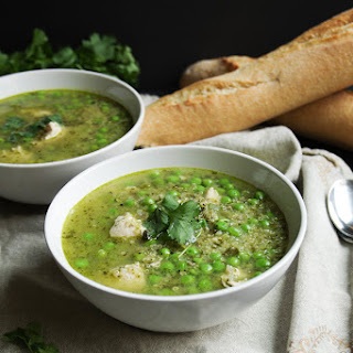 Coriander Quinoa Soup with Chicken and Peas (Peruvian Aguadito)