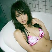 Bomb.TV 2007-05 Yuriko Shiratoni BombTV-sy025.jpg