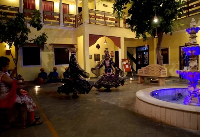 Best places to see cultural show in Jaisalmer