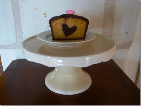 Valentine surprise cake4