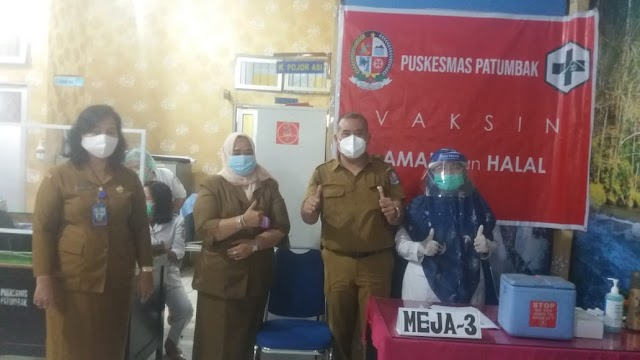 """UPT Puskesmas Patumbak Deli  Serdang Sumatera Utara,Laksanakan Vaksinasi """" Vaksin Sinovac"""""""