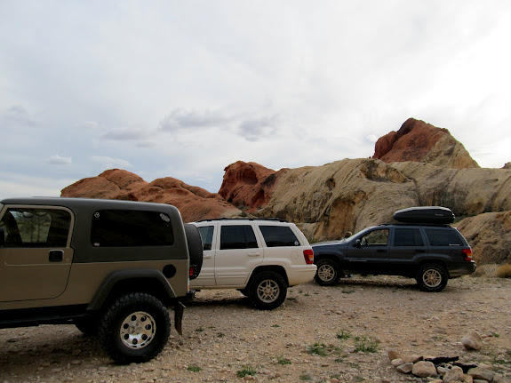 The Jeeps parked at Whitney Pocket