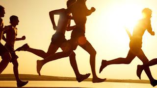 Kombinasi meditasi dan latihan aerobik sanggup membantu mengurangi tanda-tanda depresi OLAH RAGA + MEDITASI = DEPRESI BERKURANG