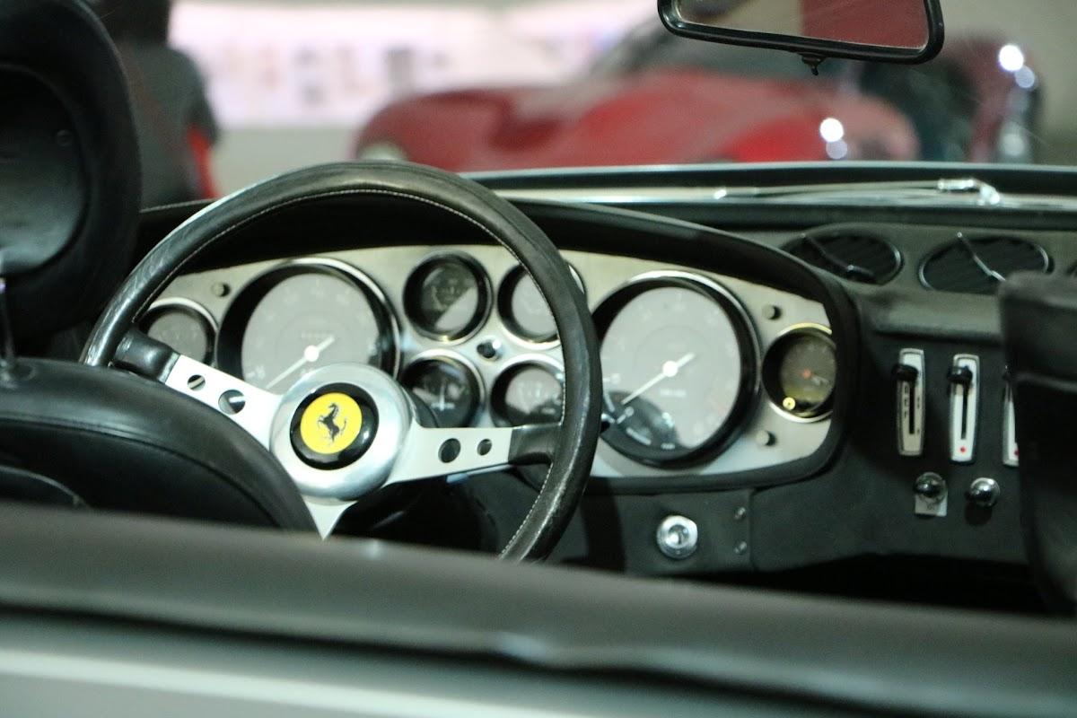 Modena - Enzo Museum 0024 - 1969 Ferrari 365 GTS4 Daytona Spider.jpg