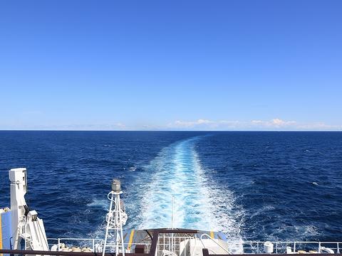 新日本海フェリー「らいらっく」 航行中 その2