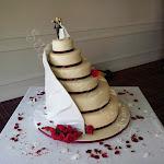 Ivory & red roses 3.jpg