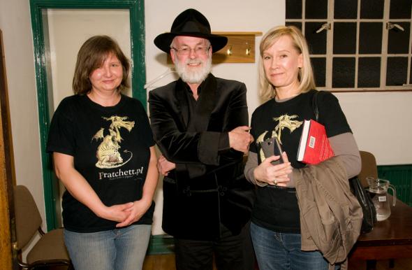 szczęściary Niania i Jola wraz z Terrym Pratchettem
