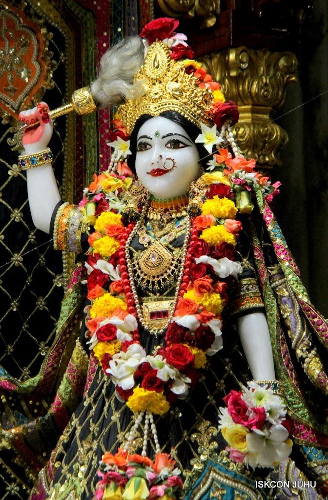 ISKCON Juhu Sringar Deity Darshan 09 Apr 16 (15)