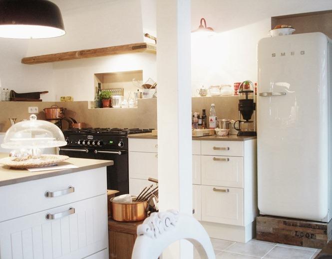 shabby and charme shabby chic e gustaviano per una bella casa in germania. Black Bedroom Furniture Sets. Home Design Ideas