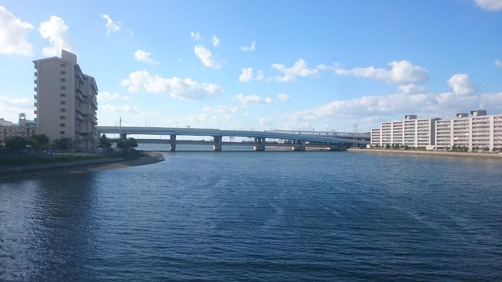 多々良川からの風景写真