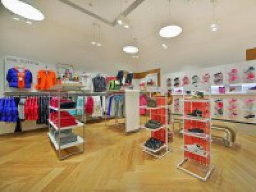 Chinas First Womens Only Store