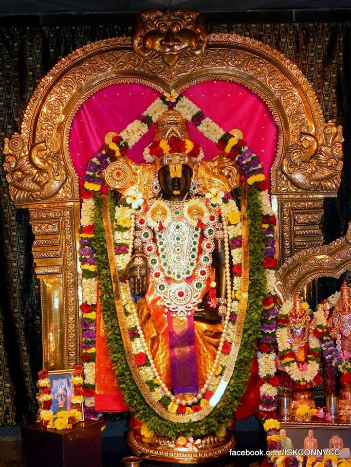 ISKCON Pune Deity Darshan 21 Dec 2015  (4)