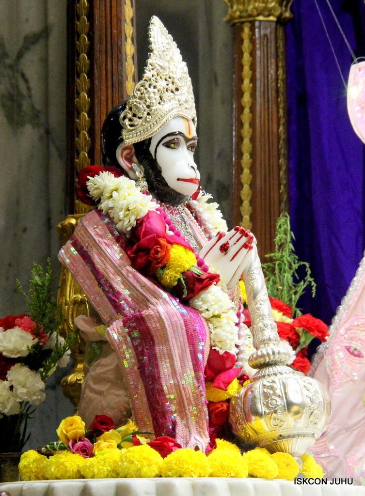 ISKCON Juhu Sringar Deity Darshan 5 Jan 2017 (27)