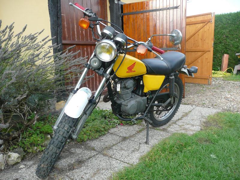 Une envie de moto!! - Page 3 P1030504