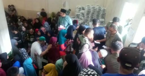 Ribuan Anak Yatim dan Kaum Dhuafa Terima Paket Bingkisan Lebaran
