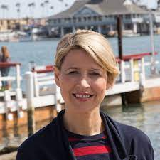 Samantha Brown Net Worth, Income, Salary, Earnings, Biography, How much money make?