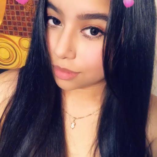 Lena Barrios
