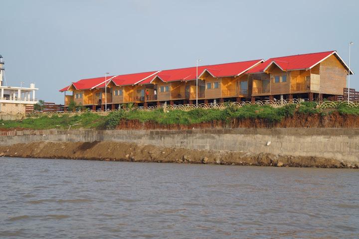 Omkareshwar and Hanmuntiya water resort - DSC06574.JPG