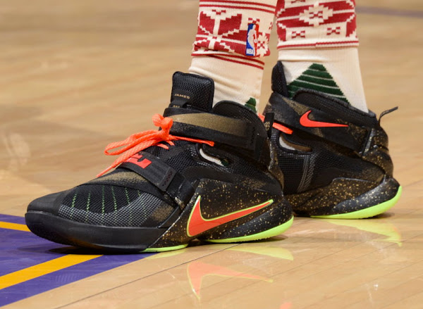 Here Are Two OTHER XMAS Nike LeBron PEs That LBJ Did Not Wear